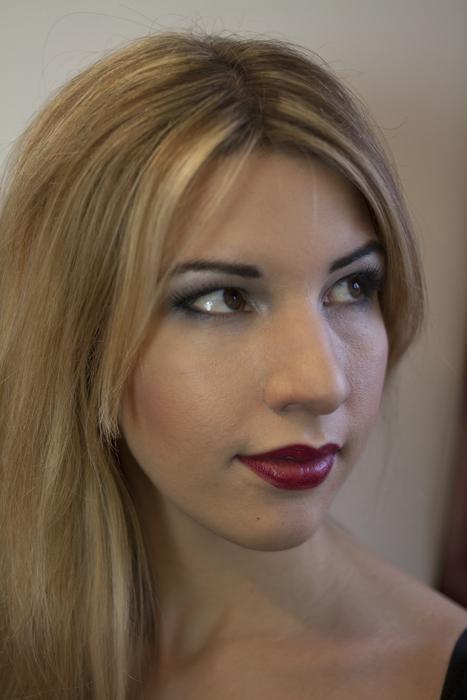 """Natürliches Make-up für die Präsentation von einem verführerischen Boudoir Korsett von """"entre nous"""""""